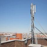 ripetitore sul tetto del condominio
